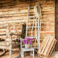 Escada Decorativa Rústica - 5 Degraus - Marrom em Madeira - 150x46 cm | Carro de Mola - Decorar faz bem.