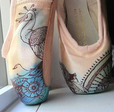 These are amazing!  Mehndi Pointe Shoes, Hand Dyed and Painted.Via Etsy.