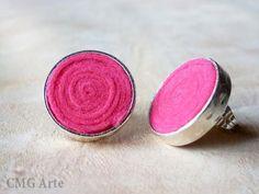Pendientes chapados en plata con fieltro rosa / CMGArte - Artesanio