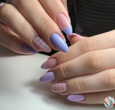 Violette Nägel – Nägel perfekt in natürlichen Tönen – Farbe Nägel … – Uñas Coffing – Maquillaje – Peinados – Moda – Zapatos – Moda masculina – Maquillaje de ojos – Trenzas – Vestidos – Trajes casuales – Moda Emo – Uñas acrílicas – Piercings – Uñ Edgy Nails, Grunge Nails, Stylish Nails, Trendy Nails, Gel Nails, Manicure, Glitter Nails, Nail Polish, Coffin Nails