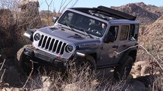 April 7 is D-Day for the old Jeep Wrangler, report says Old Jeep Wrangler, Jeep Rubicon, Jeep Wranglers, My Dream Car, Dream Cars, New Pickup, Jeep Jl, Toyota Fj Cruiser, Lifted Ford Trucks