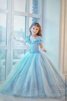 Купить Платье для Золушки - голубой, однотонный, золушка, бальное платье…
