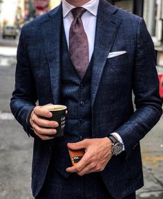 Business wear for men cc: menithclass - Style guides - Best Suits For Men, Cool Suits, Suit For Men, Classy Suits, Mens Fashion Suits, Mens Suits, Fashion Shirts, Style Outfits, Casual Outfits