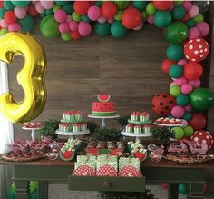 Trends for Children's Party 2017 You always looking for news for your parties, we will list some trends that will rock in 2017 and make your parties even Baby Shower Watermelon, Watermelon Birthday Parties, Fruit Birthday, 1st Birthday Girls, Bday Girl, First Birthday Parties, First Birthdays, Childrens Party, Birthday Decorations