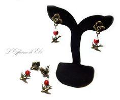 earrings with birds and flowers in bronze    orecchini con uccelli e fiori in color bronzo