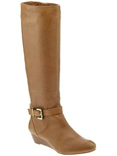 Love the Jessica Simpson Becki on Wantering | Shoes Under $100 | womens brown flat boots #womensboots #womenswear #womensstyle #womensfashion #wantering http://www.wantering.com/womens-clothing-item/becki/agPqP/