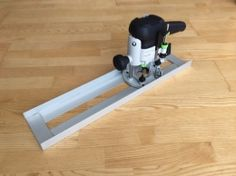 Router Sled - Homemade router sled fabricated from aluminum plate and angle.