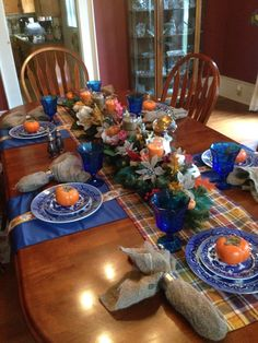 Blue Willow thanksgiving table