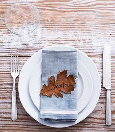 Add a colorful leaf and print the names of your guests as a special Thanksgiving decor for your table.