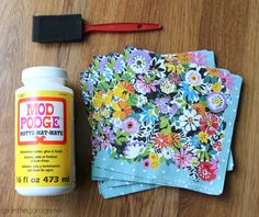 How to Decoupage Napkins onto Wood - Girl in the Garage® - - How to decoupage napkins onto wood in this easy DIY tutorial with free printable instructions. Confidently create your own decoupage napkin projects! Upcycled Wooden Crates, Diy Wooden Crate, Wooden Crafts, Wood Crates, Wooden Boxes, Crate Crafts, Decorative Crafts, Diy Mod Podge, Mod Podge Crafts