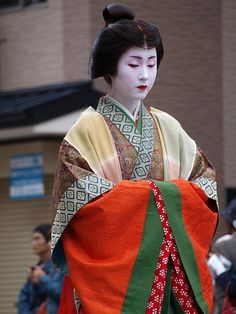 Jidai Matsuri is the festival for the Heian - jinja Shrine in Kyoto. It's a parade of approximately 2,000 people dressed in traditional costumes ranging from the Heian Period to the Meiji Period.