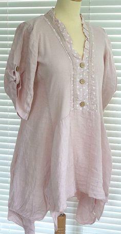 Fabuloso Lino Italiano en capas botón a través de estilo peculiar túnica top RSP £ 49