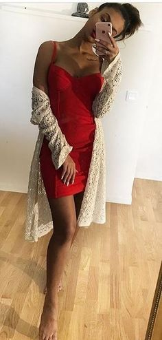 I wish I looked this good in a red bodycon dress. Red Bodycon Dress, Bodycon Fashion, Bodycon Style, Red Wedding Dresses, Hoco Dresses, Red Dress Casual, Casual Dresses, Beautiful Red Dresses, Pretty Dresses
