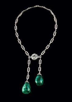 Important collier Art Déco en platine serti d'un diamant d'env. 14ct, de 2 [...], Montres Bracelets, Bijoux, Haute Joaillerie à Piguet Hôtel des Ventes