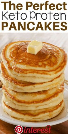 The Best Low Carb Keto Protein Pancakes Zero net carbs, zero calorìes and tastes just lìke sugar! Power up your breakfast wìth thìs quìck and easy proteìn pancake recìpe. - The Best Low Carb Keto Protein Pancakes Easy Protein Pancakes, Tasty Pancakes, Low Carb Pancakes, Almond Flour Pancakes, Best Keto Pancakes, Protein Powder Pancakes, Keto Cream Cheese Pancakes, Protein Pancake Recipes, Keto Protein Powder