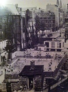 The Oasis swimming pool in Covent Garden in 1946 London History, British History, South London, Old London, Gone Days, Greater London, Covent Garden, London Street