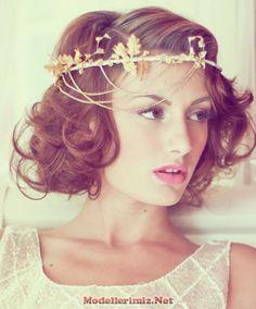 Kısa Kıvırcık Gelin Başı Modelleri Saç Kesimi