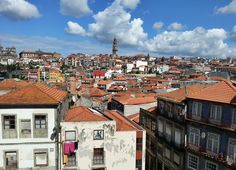 A suggested itinerary for visiting the wineries of Porto and Vila Nova de Gaia in Portugal.
