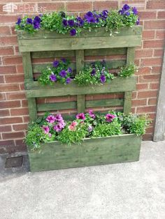 Upright Pallet Planter Stained Green Pallet Planters & Compost Bins