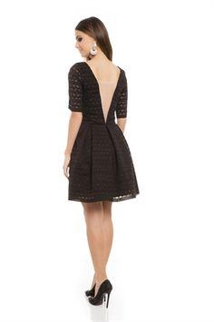 Vestido Curto Geométrico Decote Tule Preto - roupas-vestidos-vestido-curto-geometrico-decote-tule-preto Iorane