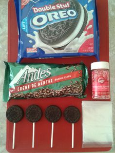 looks fun!   A {MUCH} Faster, Tastier Alternative to Cake Pops ..... Mint Oreo Pops