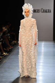 35 Gorgeous Wedding Dresses From the Couture Shows  - ELLE.com