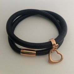 Leather wrap bracelet in black with stainless steel floating