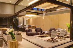 House Sar. Nico van der Meulen Architects.