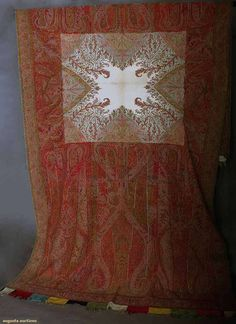 HI& so love to buy this. andwoven Paisley Shawl, Mid C, Augusta Auctions, April 2014 - NYC Kashmiri Shawls, Vintage Outfits, Vintage Fashion, Green Books, Clothing And Textile, Cashmere Wool, Historical Clothing, Hand Weaving, Cashmere