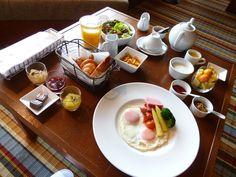 """Prima colazione, Camera di """"THE LUIGANS""""(Hotel), Fukuoka Japan (Gennaio)"""