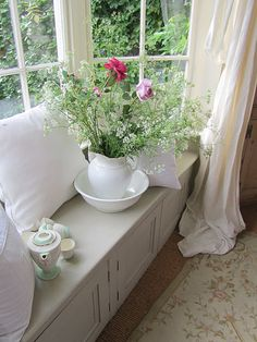 Pretty English window seat!