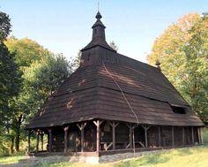 UNESCO: Odborníci vidia v Poloninách veľký potenciál pre turizmus Wooden Architecture, Byzantine, Hungary, Gazebo, Outdoor Structures, Iglesias, Explore, Mosque, Country
