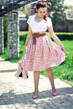 pink polka dots skirt | perfect spring outfit