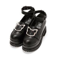 Kawaii Shoes, Kawaii Dress, Kawaii Clothes, Dr Shoes, Me Too Shoes, Oxford Shoes, Shoes Heels, Pretty Shoes, Beautiful Shoes