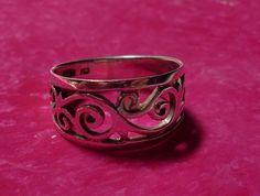 Silver Filigree Ring Size 6 via Etsy