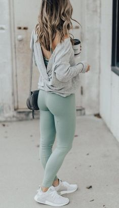 Cute and chic outfits you can create everyday with sweatpants