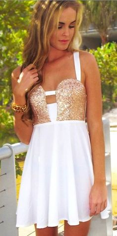 Homecoming ES Short White and Gold Dress