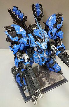 MG Sazabi Ver.Park: Amazing Work by Park. Gundam Wing, Gundam Art, Robo Transformers, Military Robot, Gundam Wallpapers, Gundam Mobile Suit, Gundam Custom Build, Cool Robots, Lego Mecha