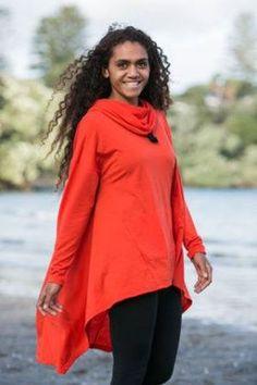 Add this stunning New Zealand merino hooded asymmetric top to your wardrobe and enjoy wearing it with your favourite leggings. The high front and long Asymmetrical Tops, Suits You, Gifts For Women, Hoods, Bell Sleeve Top, Women Wear, Leggings, Stylish, How To Wear