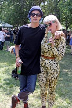 Hannah Hooper and Christian Zucconi of Grouplove at Lollapalooza 2014 in Chicago. #Lolla #Grouplove #DrinkYourVeggies