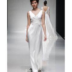 Our gorgeous  Lottie dress in pure silk satin with  French  lace appliqué  #weddingdress #weddingdress #huntthatdress #elegantsimplicity