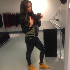 Cute Outfits with Timberlands | leggings with timberlands