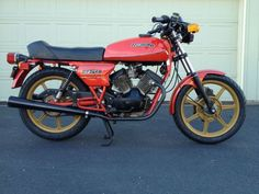 Moto Morini 250 - Right Side 6 Speed Transmission, Cars And Motorcycles, Motorbikes, 3, Euro, Classic, Vehicles, Vintage, Derby