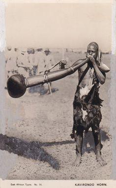 Kenya Kavirondo Horn luo horn blower {buuu}