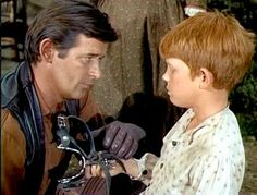 Peter Breck and the ever adorable Ron Howard.