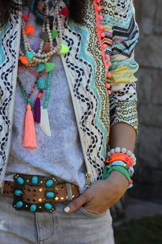 neon layered necklaces and a beautiful belt with those turquoise stones!