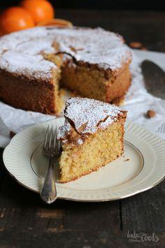 Tarta de Santiago    spanischer Mandelkuchen mit Orange, ohne Mehl und ohne Butter