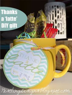Thanks a Latte free printable tags. Put it on a mug with instant coffee and biscotti. #Gifts #free printable