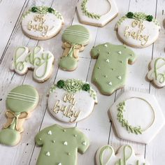 Succulent Baby Shower Cookies Oh Baby Greenery Botanical Floral Rustic Gender Neutral Baby Onesie Rattle Hexagon Cactus Baby Shower Verde, Deco Baby Shower, Baby Shower Snacks, Baby Shower Drinks, Shower Bebe, Baby Shower Desserts, Baby Shower Brunch, Baby Showers, Baby Shower Cupcakes Neutral