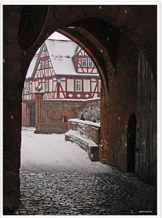 Büdingen/Hessen: Festung und Schloss - Büdingen/Hessen: fortress and castle by Jorbasa, via Flickr